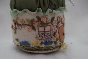 Pincushion detail