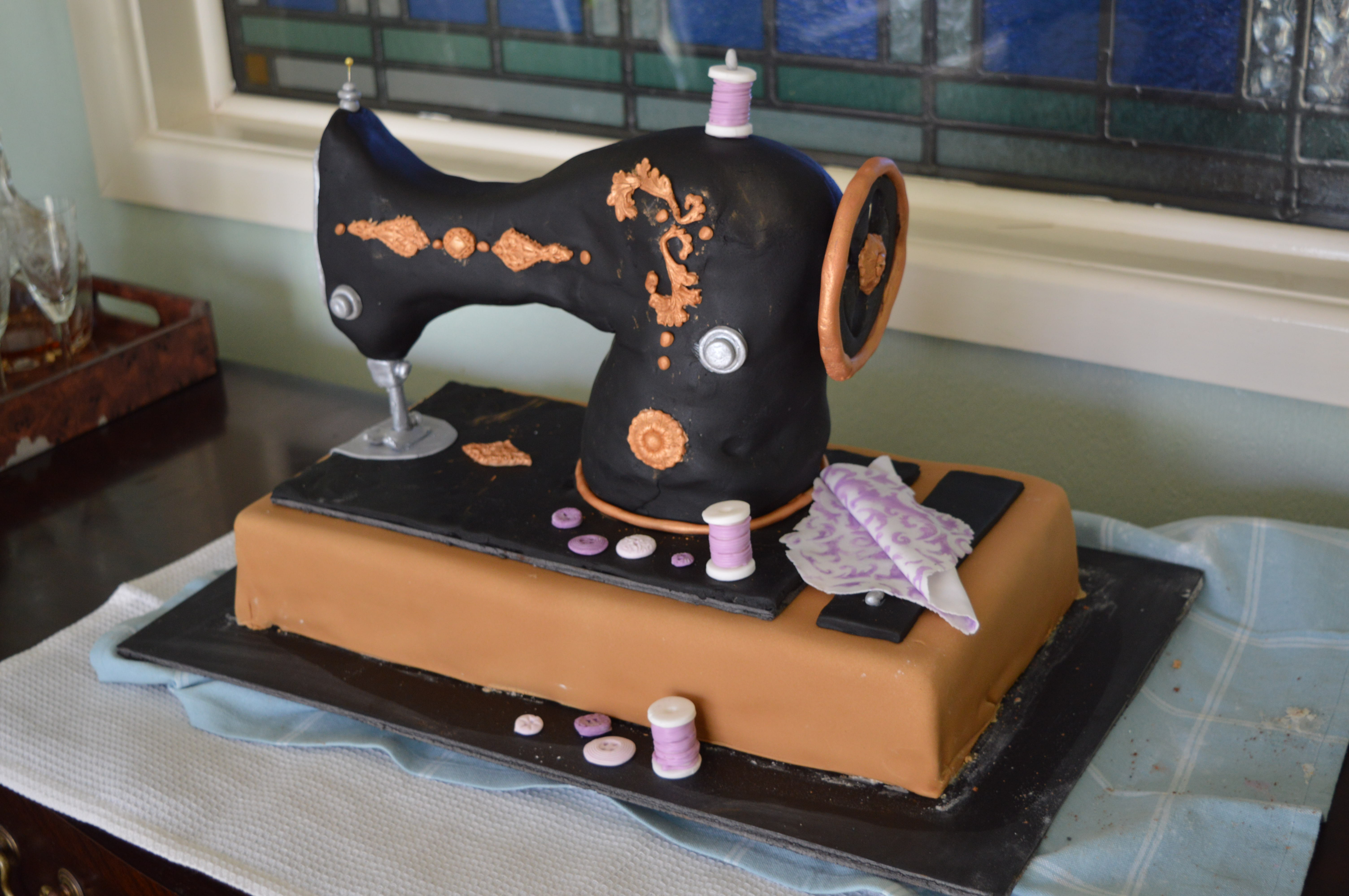 Birthday Cake Singer Sewing Machine Thecraftycreek