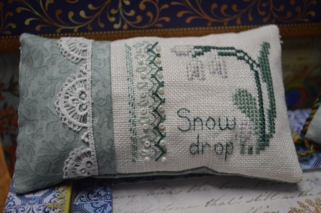 Cross-stitch snowdrop
