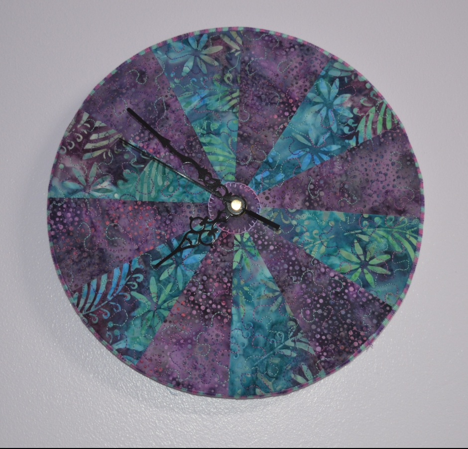 Sewing Room Clock, Springwood House designs kit.