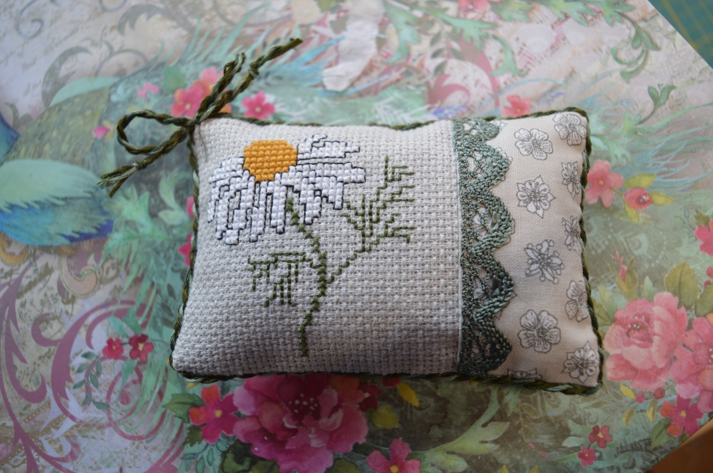 Chamomile cross-stitch by the Crafty Creek