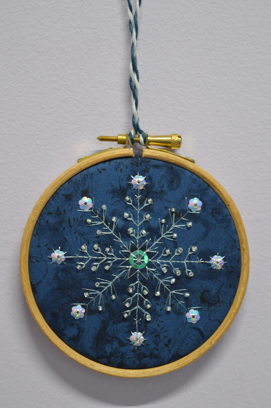 Embroidered Snowflake by The Crafty Creek